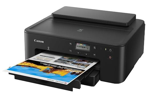 Цветной принтер струйный черного цвета