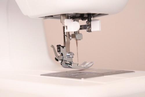 Металлическая лапка швейной машины Minerva