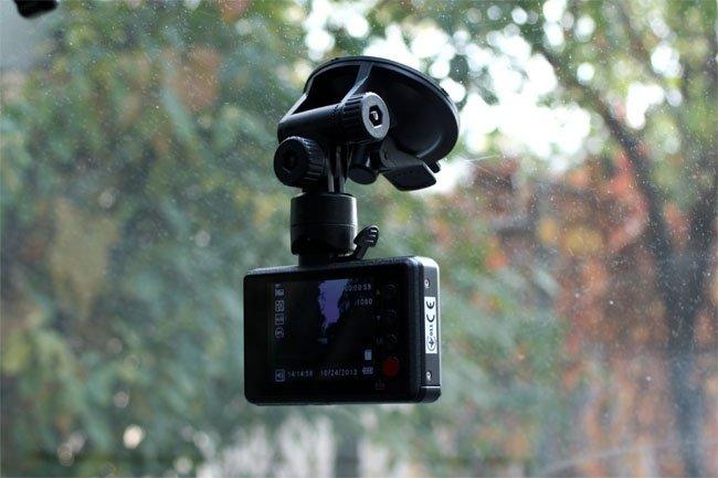 Відеореєстратор GENIUS DVR-565фото