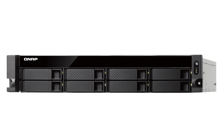 Мережеве сховище QNAP TS-831XU-RP-4G фото