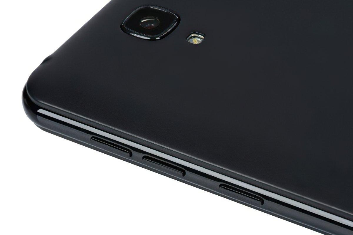 Смартфон 2E E450A 2018 DS Black фото 8