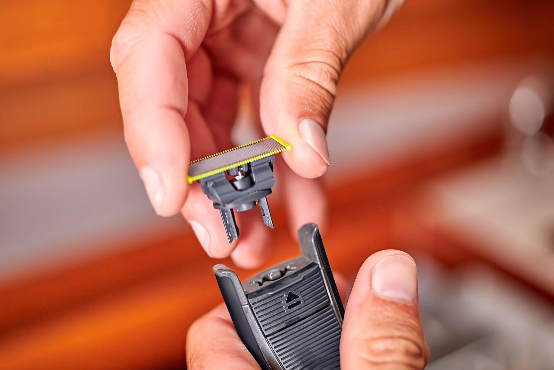 Триммер Philips OneBlade QP6510/20 фото 13