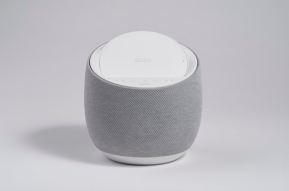 Смарт спикер Belkin + беспроводная зарядка Devialet Soundform Elite, white фото 7