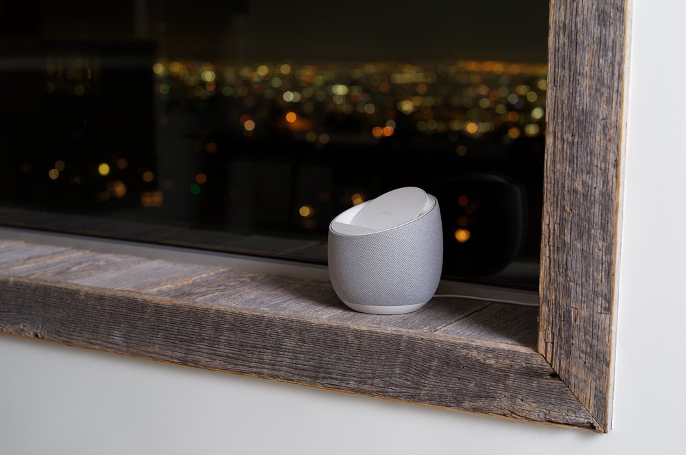 Смарт спикер Belkin + беспроводная зарядка Devialet Soundform Elite, white фото 12