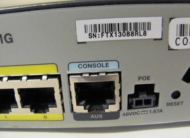 ≡ Маршрутизатор Cisco 880 Series Integrated Services