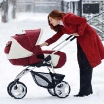 Лучшие модели детских колясок для холодной и снежной зимы