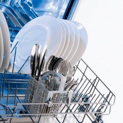 Как правильно установить посудомоечную машину самому: 6 этапов
