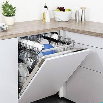 Стоит ли покупать посудомоечную машину: 6 плюсов прибора