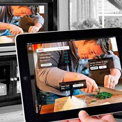 Как подключить планшет к телевизору или монитору: 7 способов на все случаи жизни