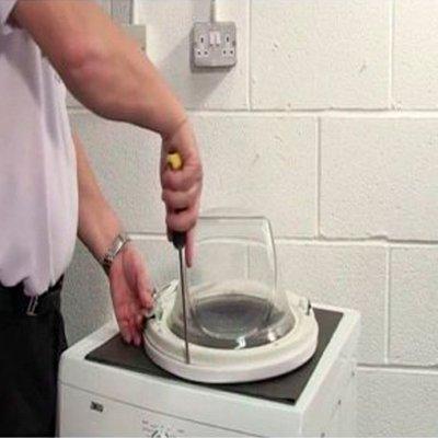 Не вмикається пральна машина – що робити: 5 причин і способи усунення несправностей