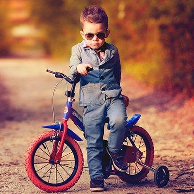 Біговел або велосипед: 6 фактів про кожен вид дитячого транспорту