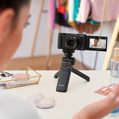 Устаткування для відеоблогера: 5 пристроїв без яких не обійтися