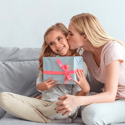 Что подарить девочке на 10 лет: топ 10 неизбитых вариантов