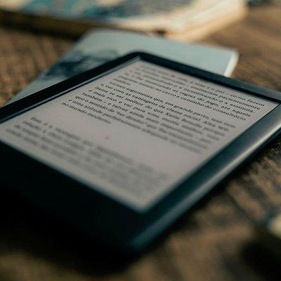 Як завантажувати книги в електронну книгу: 4 дієвих прийоми