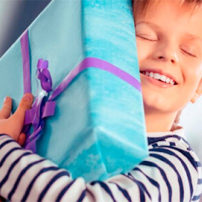 Що подарувати хлопчикові на 10 років: ТОП подарунків, які зроблять його щасливим