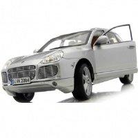Автомодель MAISTO 1:18 Porsche Cayenne Exclusive Turbo (31113 silver)