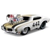 Автомодель MAISTO 1:24 Oldsmobile 442 (32236 met. white)