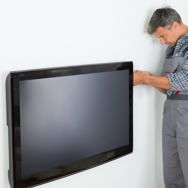 "MOYO Монтаж телевизора до 42"" на стену фото"