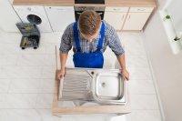 Отверстие под смеситель в керамической мойке