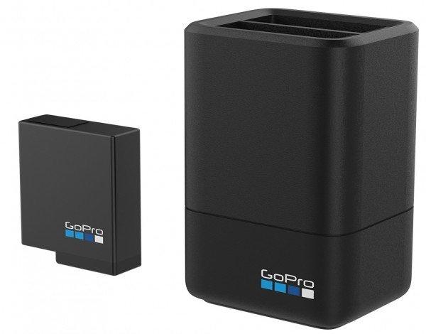 Купить Зарядное устройство GoPro Dual Battery Charger + Battery для HERO7 Black, HERO6 Black, HERO5 Black, HERO (AADBD-001-RU)