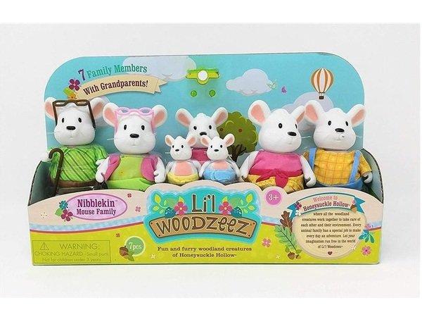 Купить Набор фигурок Li`l Woodzeez Большая Семья Мышей. 7 единиц (6491Z), LI L WOODZEEZ